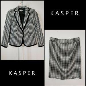 Kasper Woman 1 Button Blazer Suit & Skirt Size 10